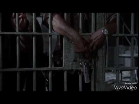 The group enters the prison HD - twd s3e1