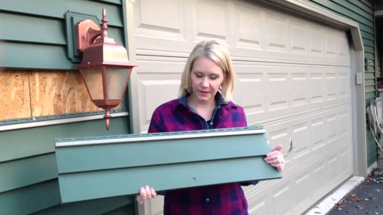 How To Patch Vinyl Siding In 15 Minutes Youtube