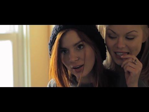 Kacey Barnfield in Seeking Dolly Parton