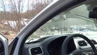 vW polo sedan / снятие и установка накладки стойки лобового стекла  подсветка ног