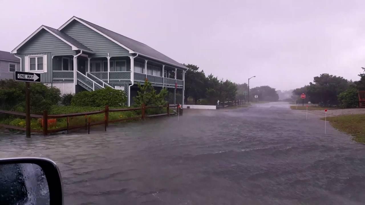 Hurricane Matthew Flooding In Oak Island Nc Youtube