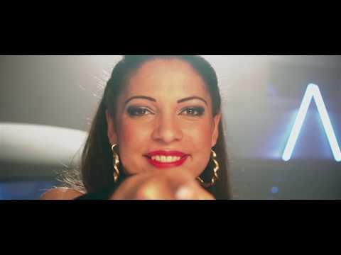Loretta - Nem vagyok én álmos (Hivatalos Videoklip)