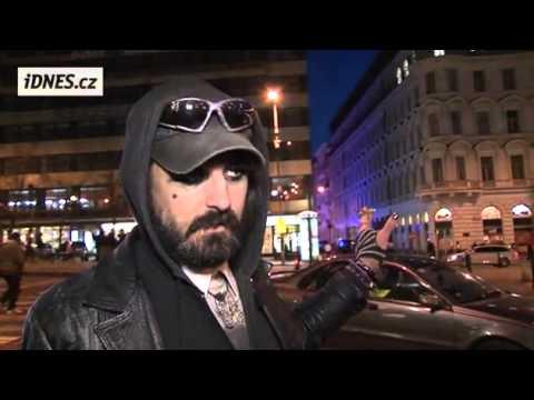 Pasák Krysa byl psychopat, ukazují bezdomovci turistům podsvětí