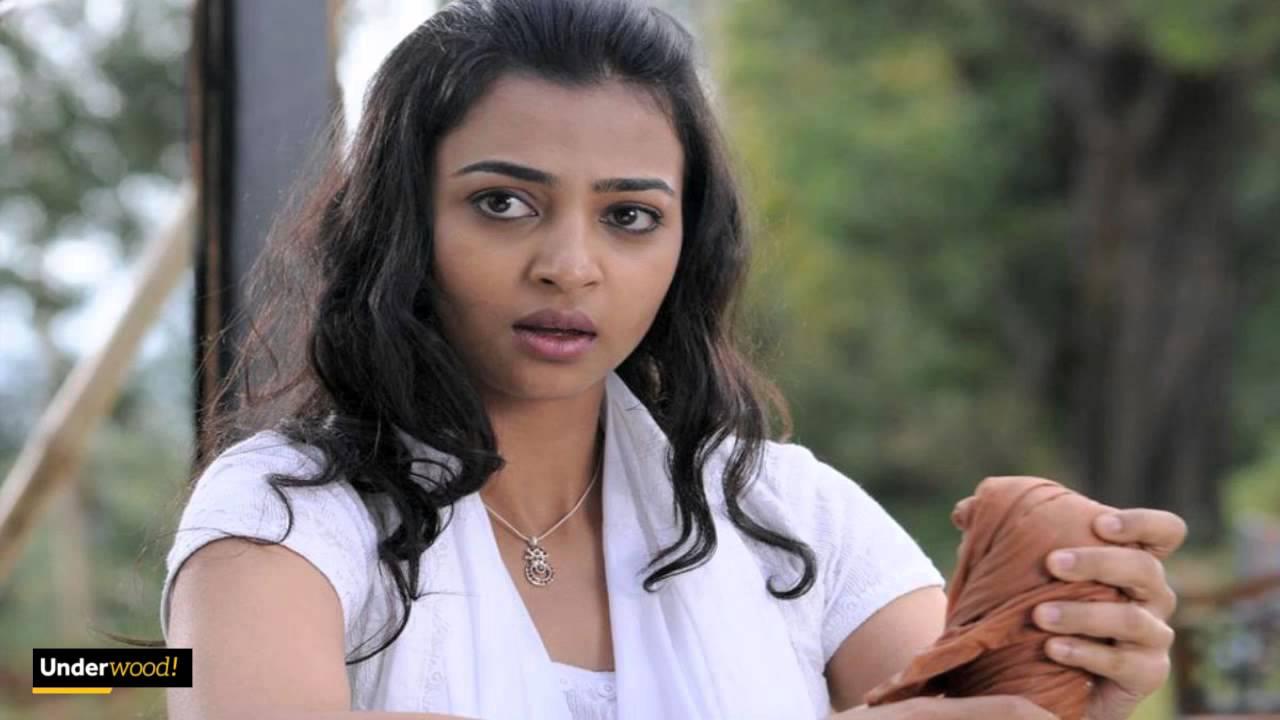 radhika apte selfie