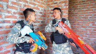 Battle Nerf War: Competition Nerf Guns Couple SWAT vs Couple Marines