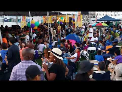 Long Beach Crawfish Festival    LAeventsnow.com
