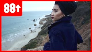Yuna gives ANGELIC Live Acoustic Performance |  Singing Spaceships
