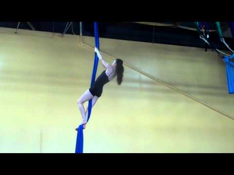 Danielle Garrison / Frequent Flyers® Aerial Fabric solo