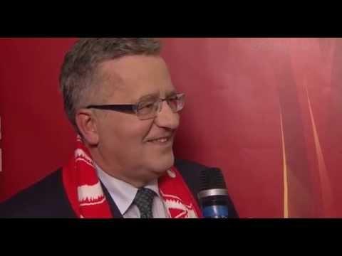 Wpadka Prezydenta Bronisława Komorowskiego po finale MŚ, Prezydent pozdrawia naszych piłkarzy.