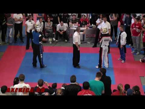 WAKO Kickboxing AC 2010: SC -79kg: Zsolt (HUN) Vs. Di Leo (ITA)