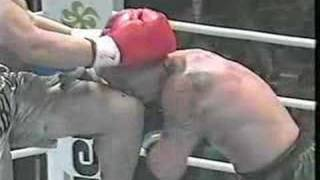 """Video Tom Howard geting a knee to the head from 7'2"""" Giant Choi K1 download MP3, 3GP, MP4, WEBM, AVI, FLV November 2017"""