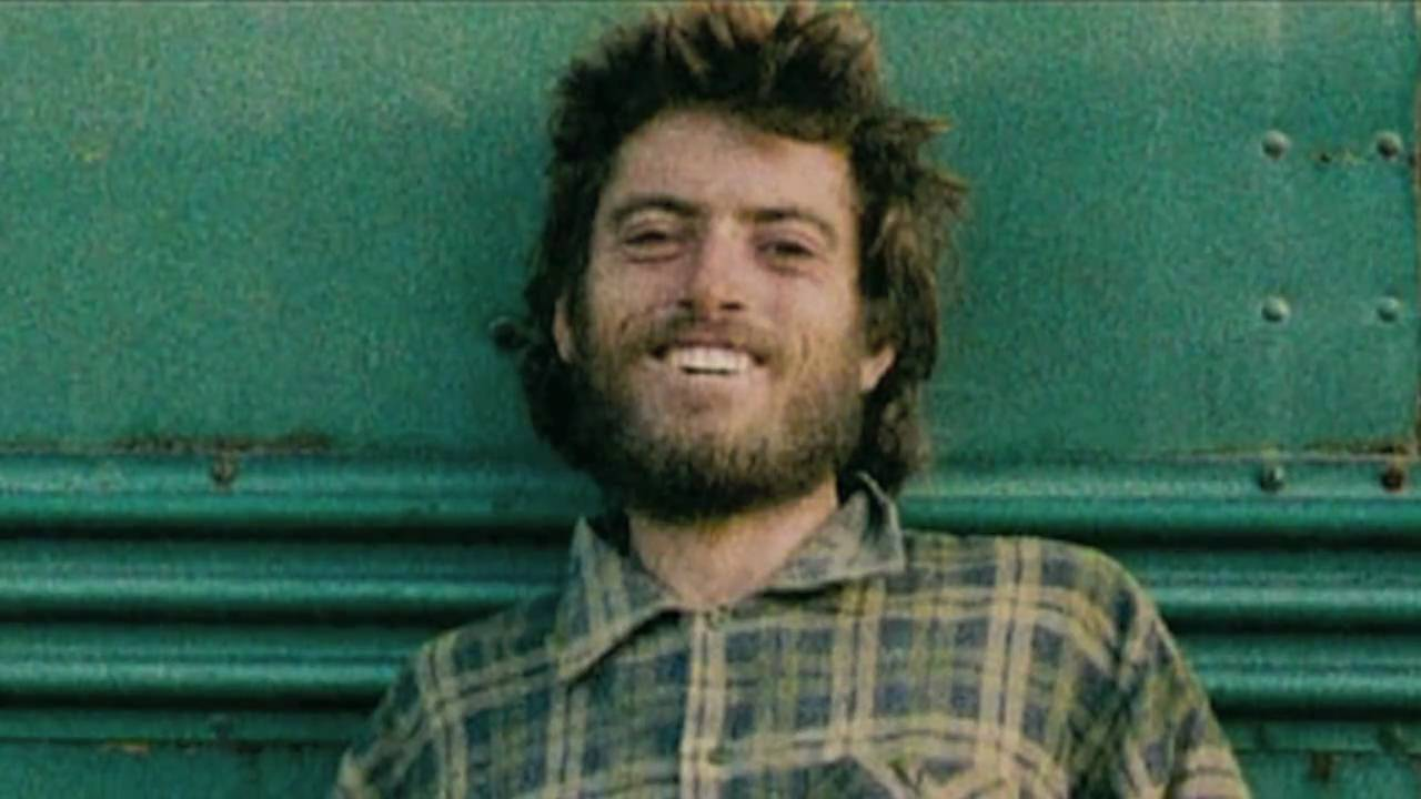 into the wild by christopher mccandless Christopher mccandless death , god , alone , i am , thank you , help it is the experiences, the great triumphant joy of living to the fullest extent in which real meaning is found.