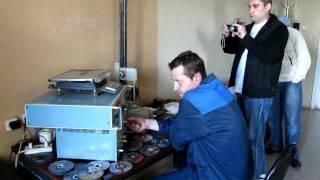 Тест отрезных кругов 125 мм для резки черного металла(Тест отрезных кругов 125 мм для резки черного металла (проведен «Потребителем» на заводе «ИСМА» в Иваново..., 2011-06-30T01:33:58.000Z)
