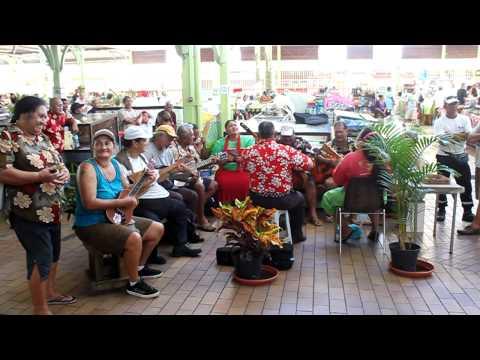Musique tahienne au marché de papeete