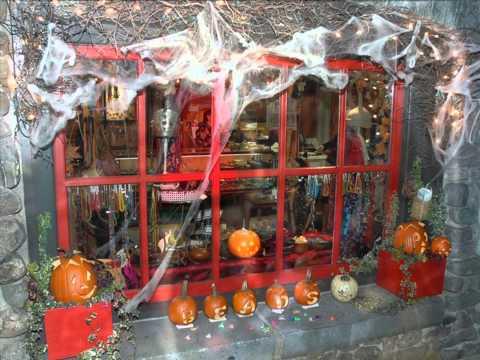 Halloween Shop Displays.Stunning Halloween Shop Window Displays Youtube