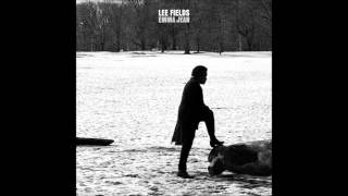 Lee Fields & The Expressions: Paralyzed