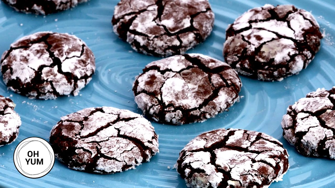 How To Make Decadent Chocolate Crinkle Cookies