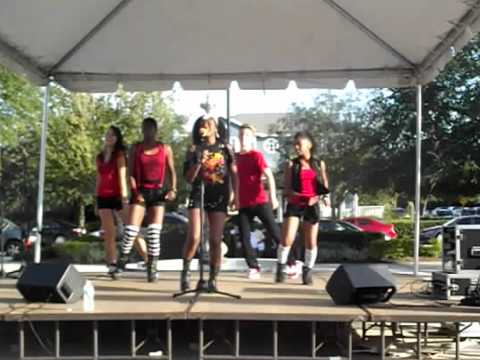 Azriel & The Rainbow Crew performs @ 2012 Oktoberfest in Avalon Park/Beyonce Love on Top