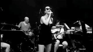 Hande Yener - Aşk Elinde, Ben Ölmeden Önce, Dönence - Akustik Konser Prova Resimi