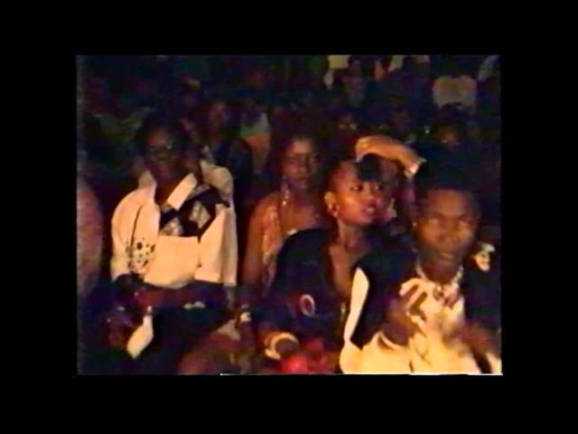 PAPA TOUWTJIE LIVE IN AMOS 1991