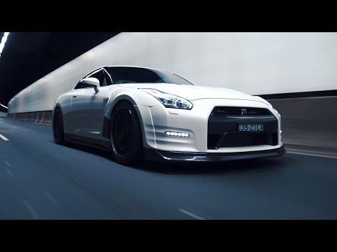 White Knight; GT-R R35 | 4K