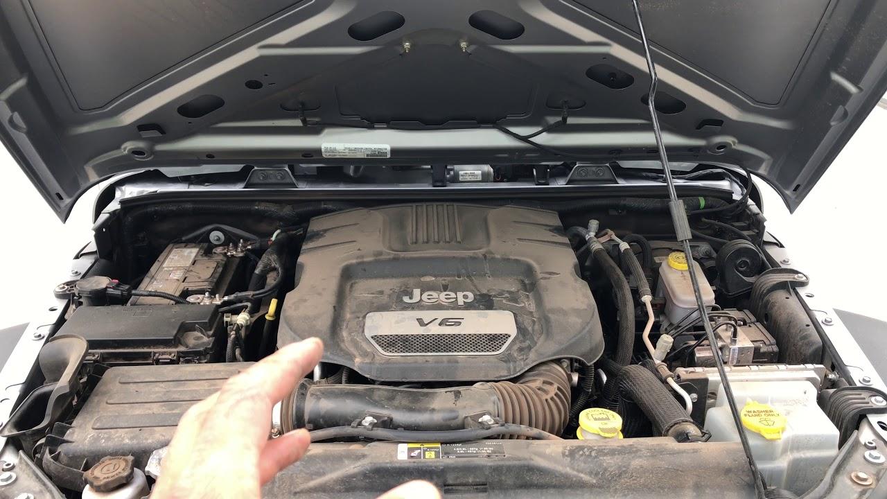 2013 Jeep Wrangler Oil
