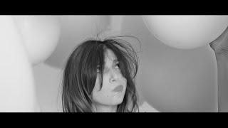 Video Anna Angelina Wolfers - #FrizzEaseHaarwunder - John Frieda® download MP3, 3GP, MP4, WEBM, AVI, FLV November 2017