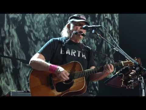 Neil Young + Promise of the Real - Harvest Moon (Live at Farm Aid 2016)