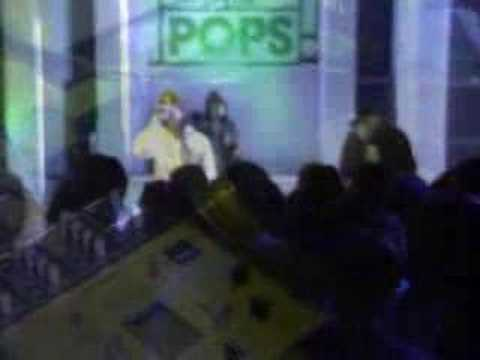 UNKLE ft Ian Brown - Be There Live on TOTP