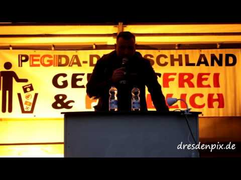 Pegida Dresden 28 September 2015 auf dem Theaterplatz