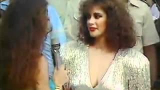 Лусия Мендес поёт 4 песни