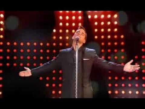 Robbie Williams - Feel (Live 2002) LEG PT