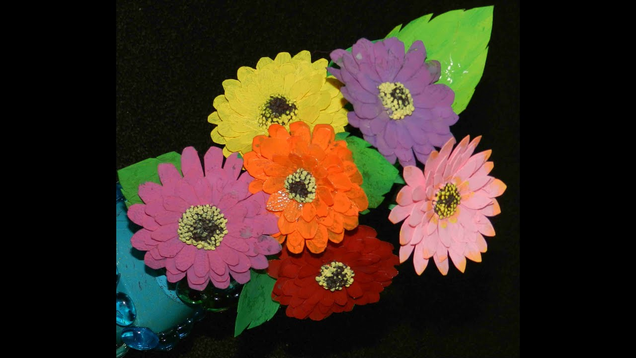 Recycled plastic diy decorative flowers out of plastic for Decorative flowers for crafts