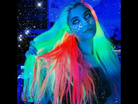 Light Up The Night With Glow In The Dark Unicorn Hair