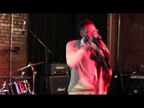 Reb Skylarker Performing LIVE @ 595 North Venue