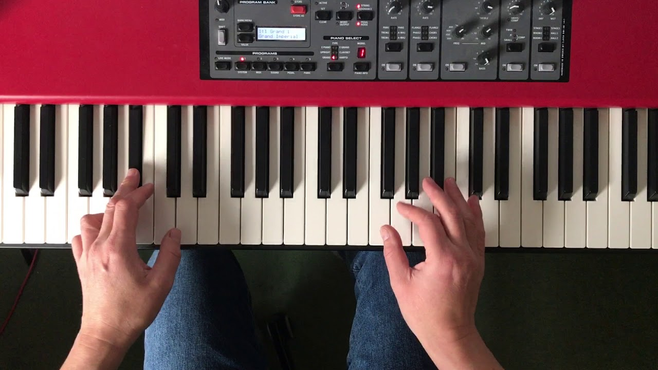 What If I Have Small Hands? || Piano Questions Answered