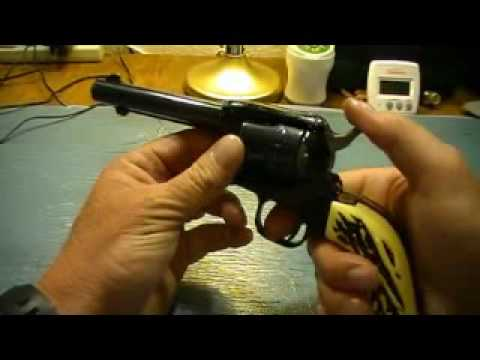 You carry a 2-inch Snubnose for Defense? Are You Crazy? Well, maybe not. von YouTube · Dauer:  5 Minuten