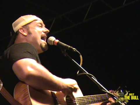 Chris Cagle - What A Beautiful Day (93.7 The Bull 9th Annual Float Trip)