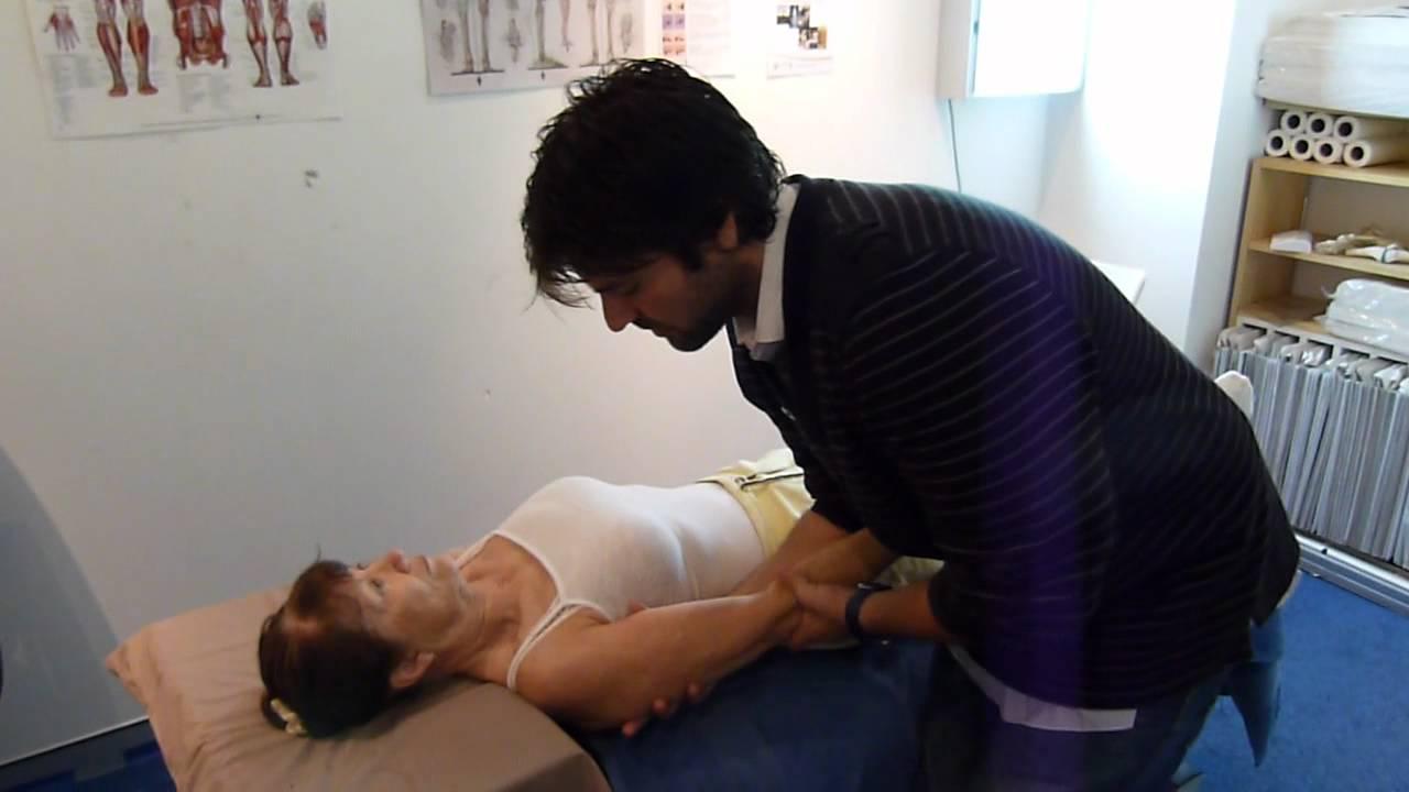Shoulder pain chiropractic chiropractor frozen shoulder ...