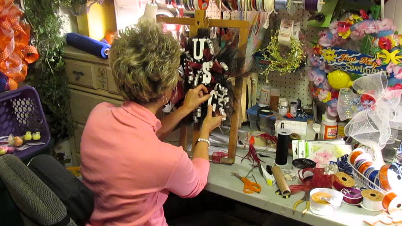 Susan w williams local carolina artist demo deco mesh for Local craft fairs near me