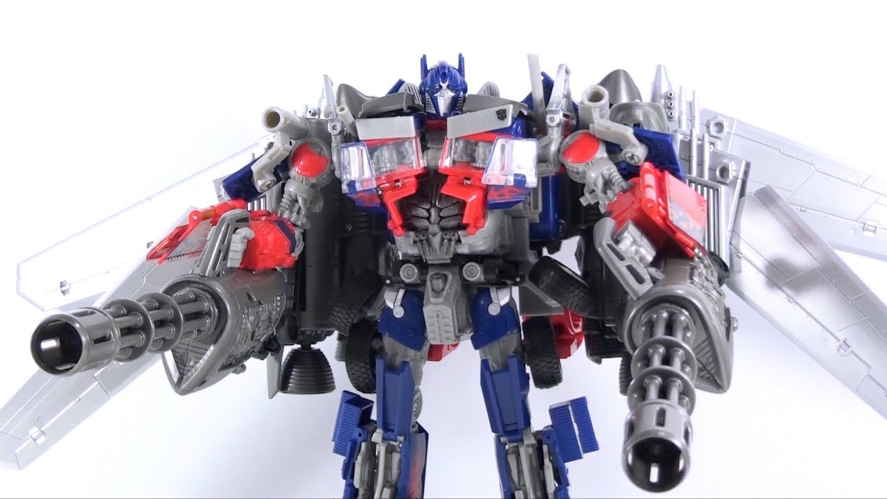 video review of the transformers 3 dark of the moon; takara/tomy