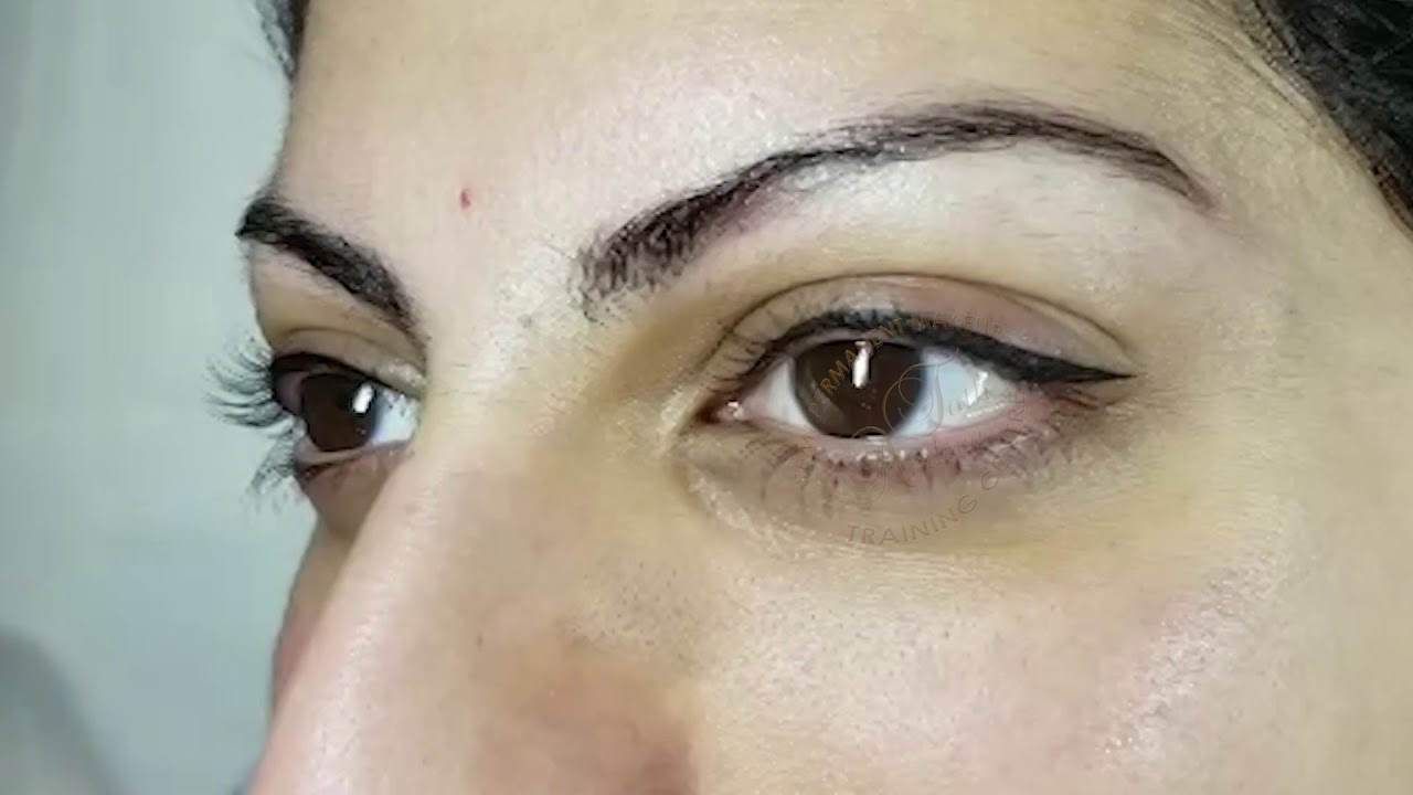 Permanent Makeup Top Eyeliner Tattoo After Treatment