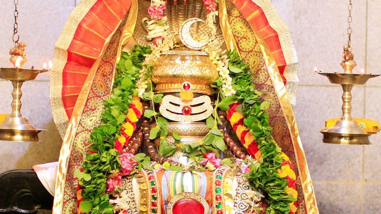 Shiva Pradosha Pooja & Nandikeshwara Ashtottara Satanamavalli – Somavar  Pradosham Special Mantras