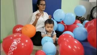 Video Baby Playground Part 3 - Ibu dan Bayi Main Balon Banyak Sekali / baby play time balloons room download MP3, 3GP, MP4, WEBM, AVI, FLV Juni 2018