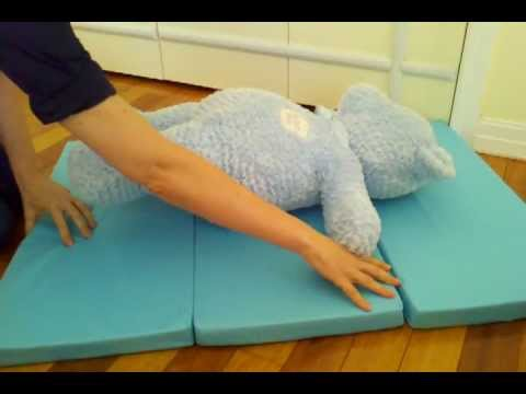 Mamadoo Kids Install Play Yard Mattress Topper Youtube
