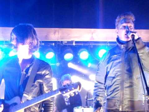 Arctic Monkeys & Josh Homme - Dance Little Liar @ Pappy & Harriet's Pioneertown Palace