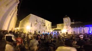 Epizoda 24 - Trogir Old Town & Pustolovina na putu za Split(EPIZODA BROJ 24 - OLD TOWN TROGIR I PUSTOLOVINA NA PUTU ZA SPLIT. TUCITE DECU NA VREME, NICHIME VRATI SE DOMA, A SADA SPEKTAKL, ..., 2015-08-23T20:10:39.000Z)