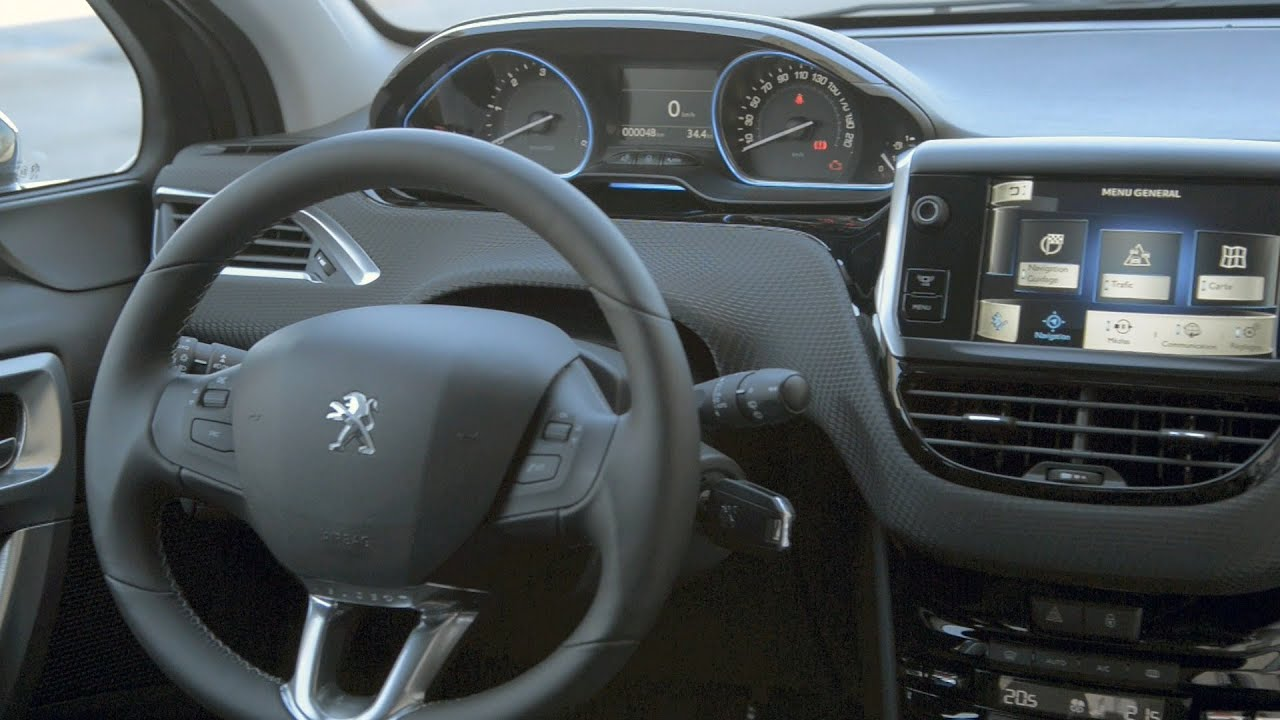 2013 peugeot 2008 interior youtube for Peugeot 2008 interieur