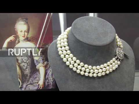 Marie Antoinette's never-seen-before jewels go up for auctio