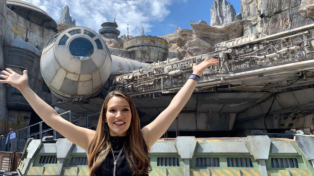 Check Out Star Wars Galaxy's Edge - First Look